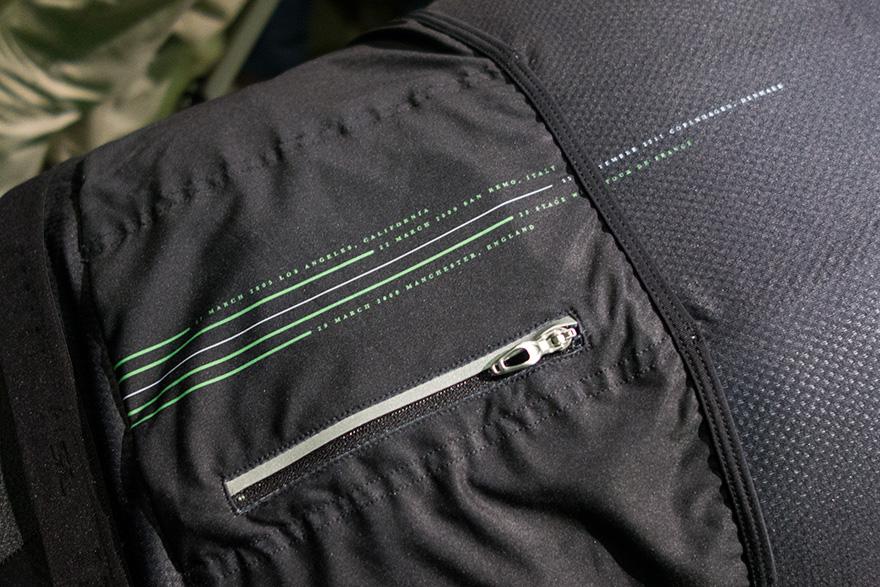 Specialized-CVNDSHCollection-jerseyDetail.jpg