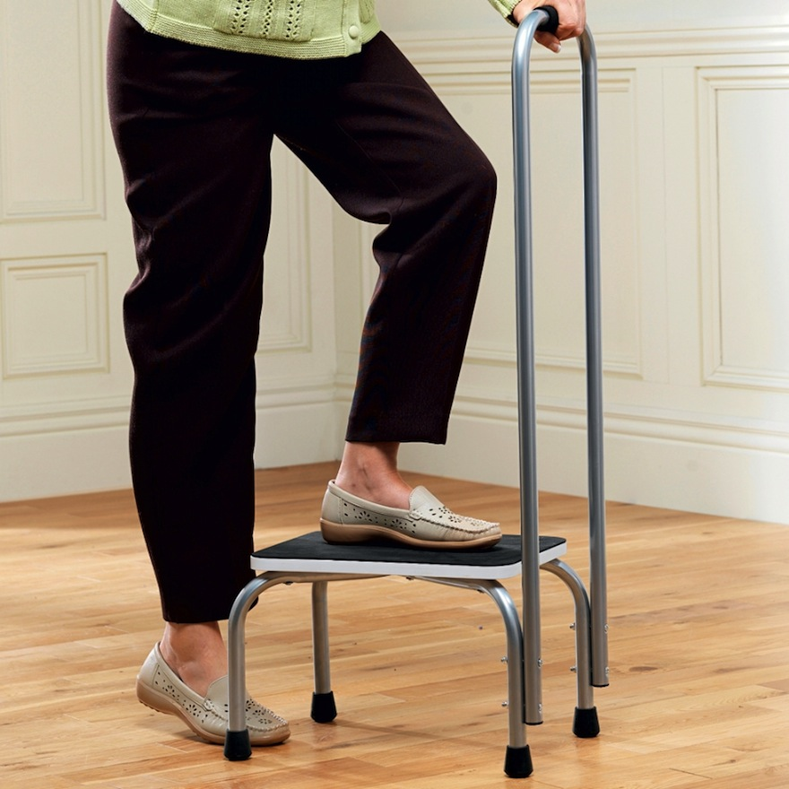 step-stool-with-handrail.jpg