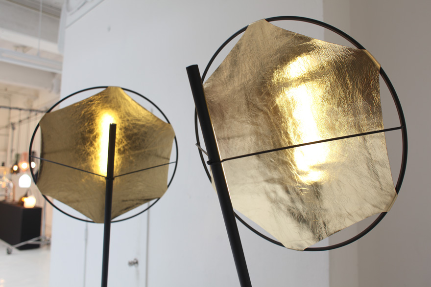 Castor-GoldLamp.jpg