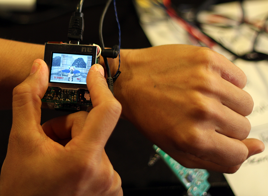 PHOTO2_smartwatch.JPG