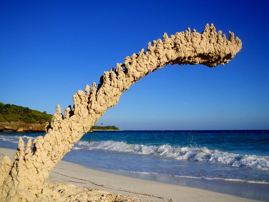 Sandcastle-OneSidedArch.jpg