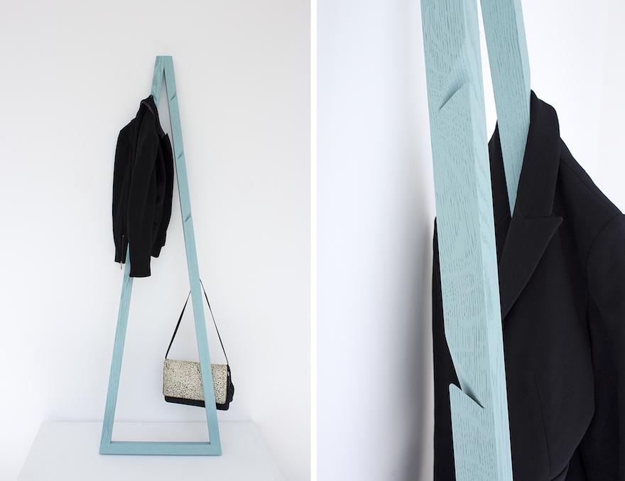 Galula-Pendura-coat-stand-blue.jpg