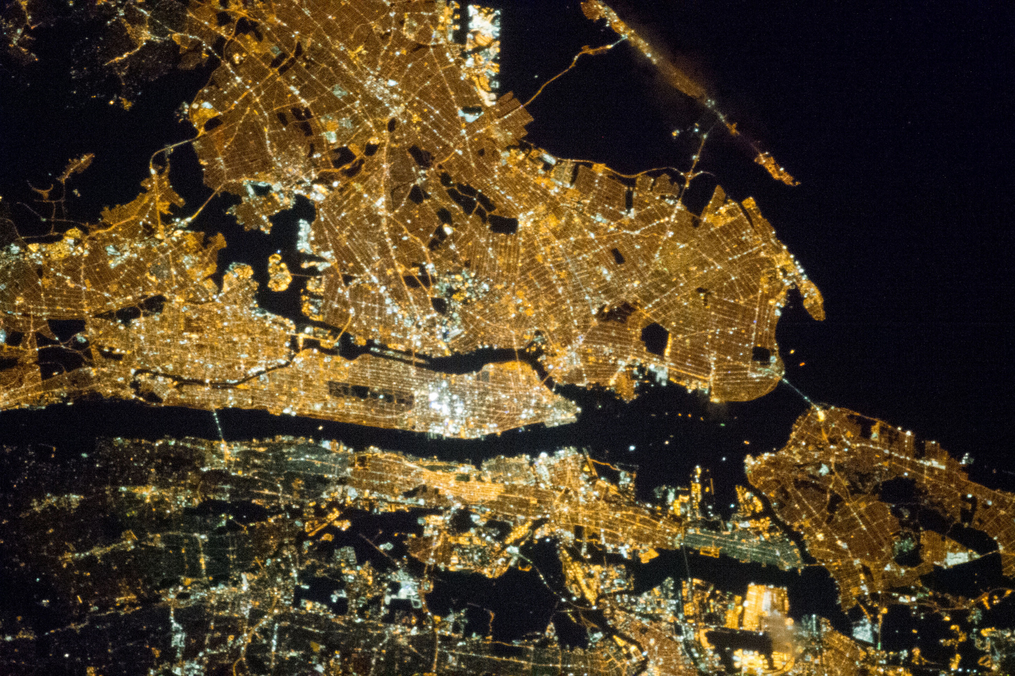 New_York_City_at_Night.jpg