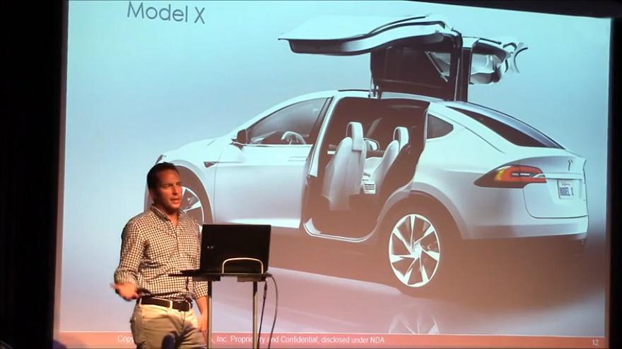 RKS-JavierVerdura_Tesla.jpg