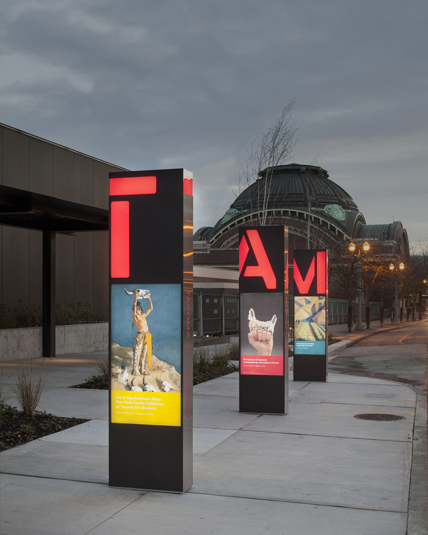 Tacoma art museum signage and wayfinding by studio for Exterior signage design