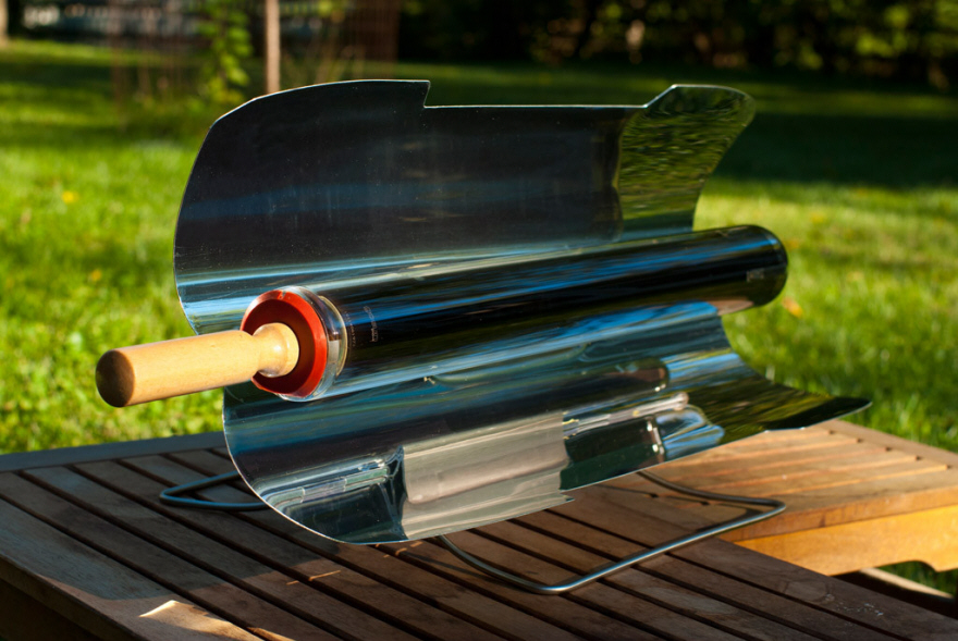 Solar Powered Grill ~ This solar powered grill can continue to cook at night