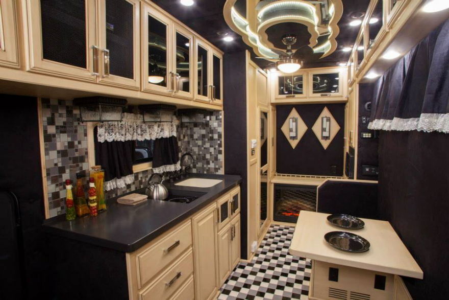 what do luxury sleeper cabs for long-haul truck drivers look like