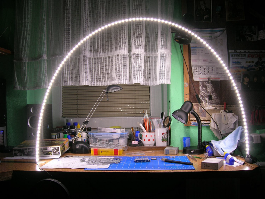 Model Painter Truly Re Thinks The Led Task Lamp Core77