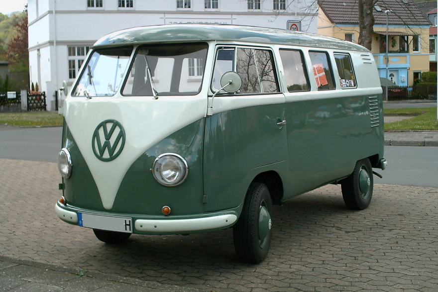 Volkswagen to Bring Back the  Magic Bus,  This Time Electric-Powered