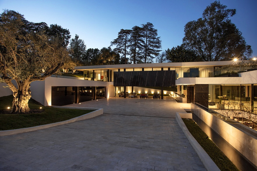 A Look At Jay Z And Beyonc 233 S New 90 Million Bel Air