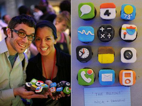 iPhoneCupcakes_02.jpg