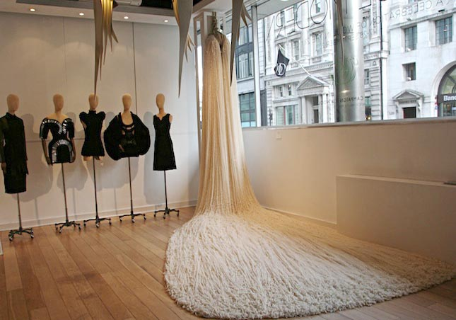 Brit Leissler Wool Instalation The Yarn Was Spun From A Blend Of Wools  Acquired From 40 Different Countries. The Final Object Was Formed On Site  At The ... Great Pictures