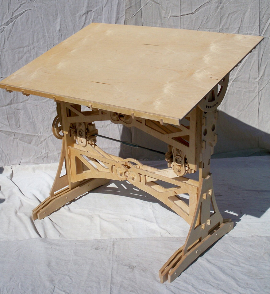 Superbe Sean Hendricku0027s DIY Mechanized Drafting Table