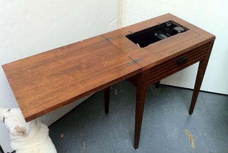 Singer No 40 Cabinet MidCentury Modern Transforming Furniture Simple Hideaway Sewing Machine Cabinet