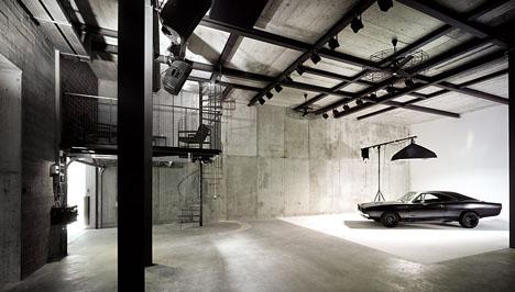 Car studio photography set ups core77 for Interior photography lighting setup