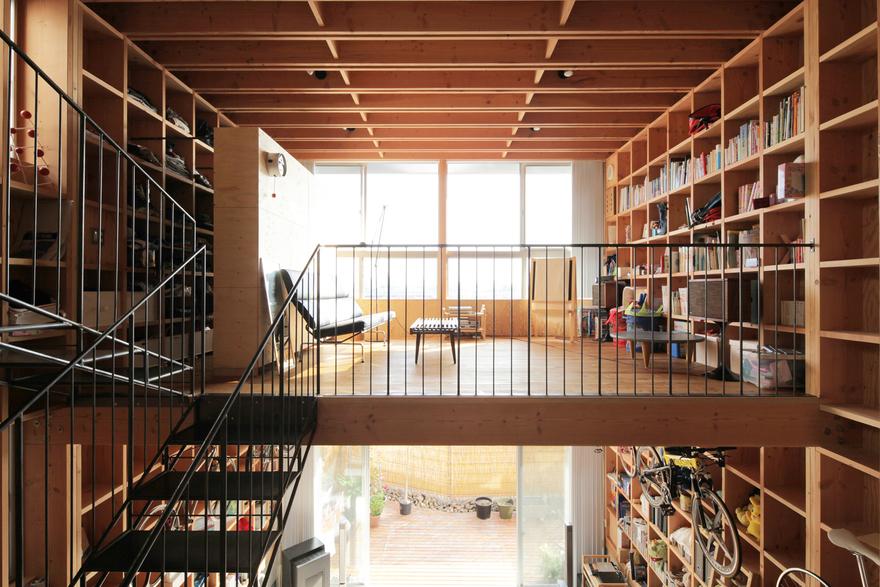 Kiyoshi Kasai's Awesome 'Wooden Box 212' Construction Method: Low