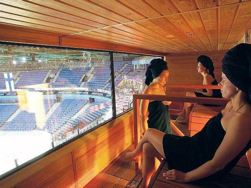 sex in public sauna