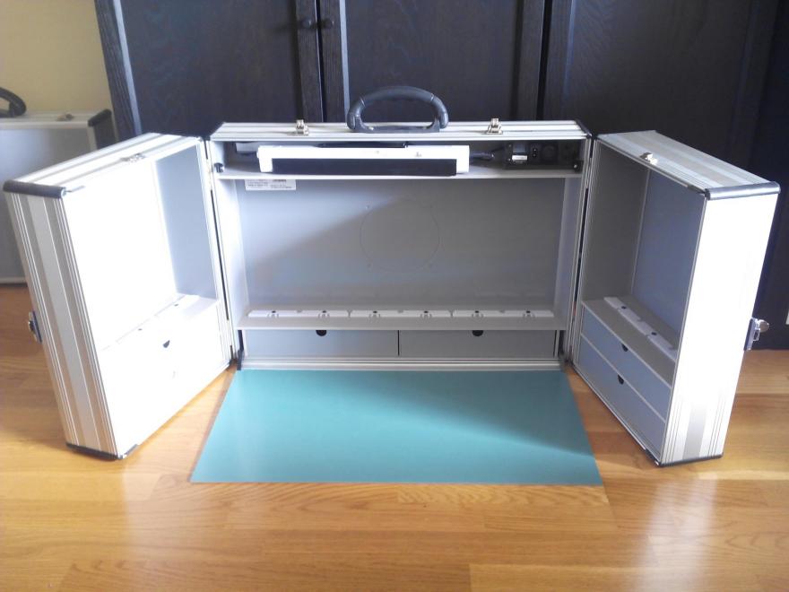 A Workspace In A Briefcase   Core77