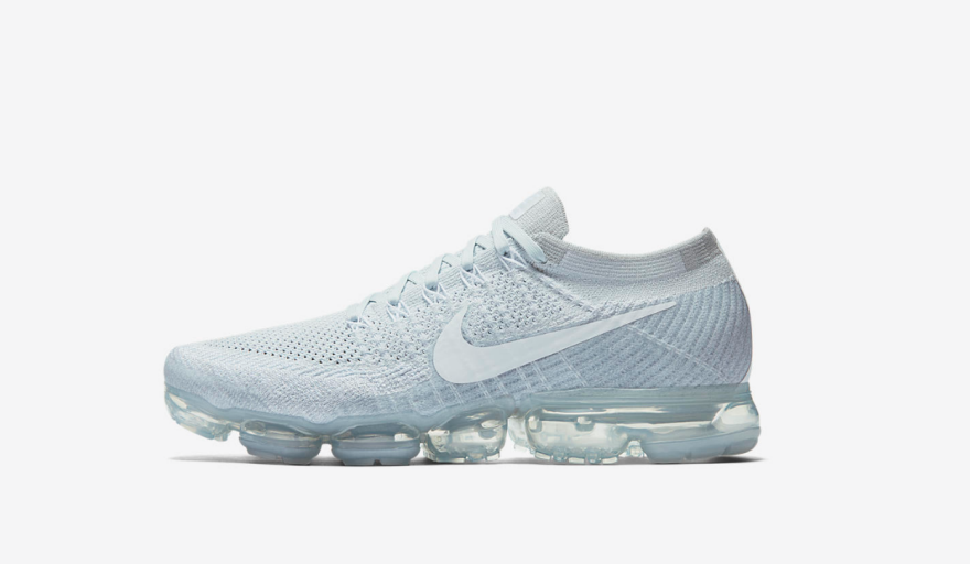 33ef903201 Before getting into specific locations, it's important to note the star of  yesterday's show: The Nike Air Vapormax. This brand new silhouette takes  Nike's ...