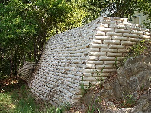 An Easy Way To Build Retaining Walls Leave The Concrete In
