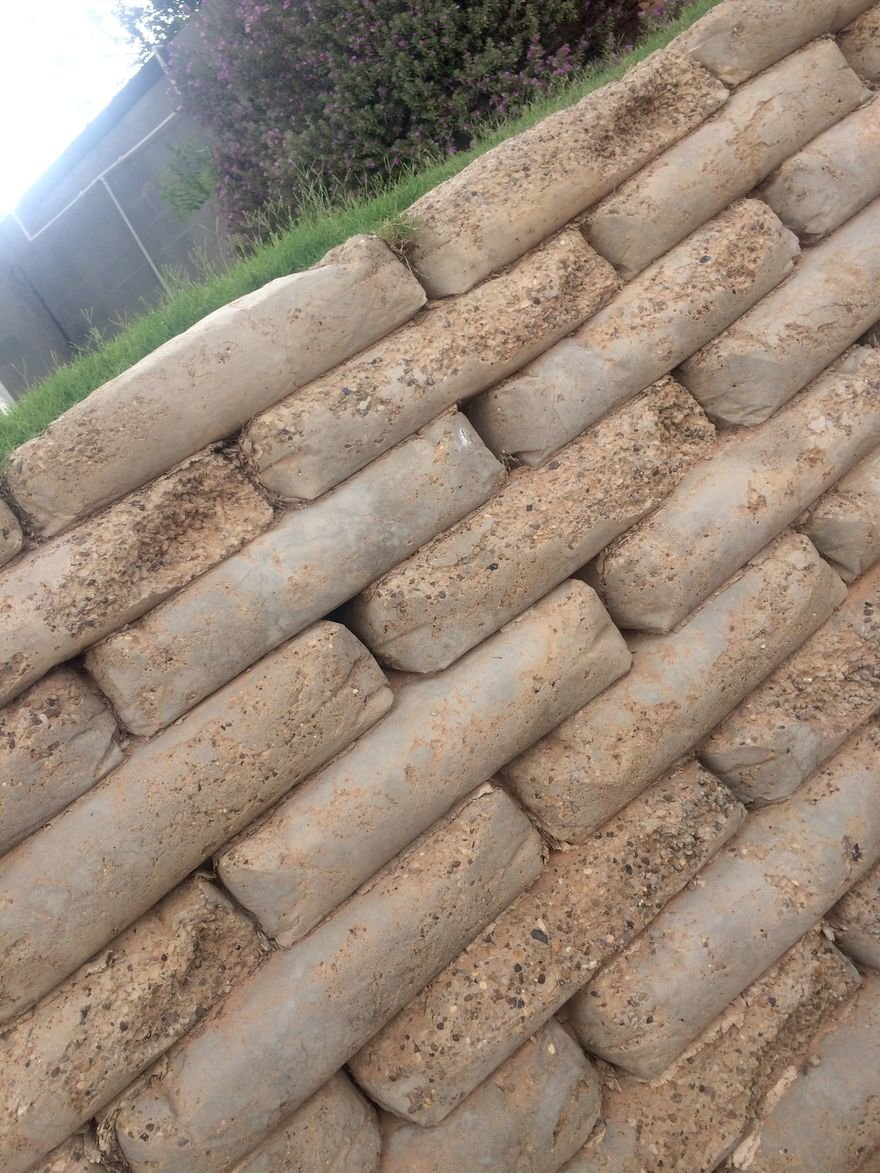 An Easy Way To Build Retaining Walls Leave The Concrete In The Bag Stack Like Legos Wet With A Hose Core77