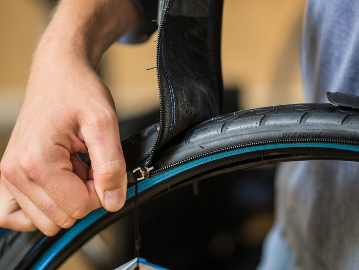 A Bike Invention from Norway: Zip-On, Zip-Off Tire Treads