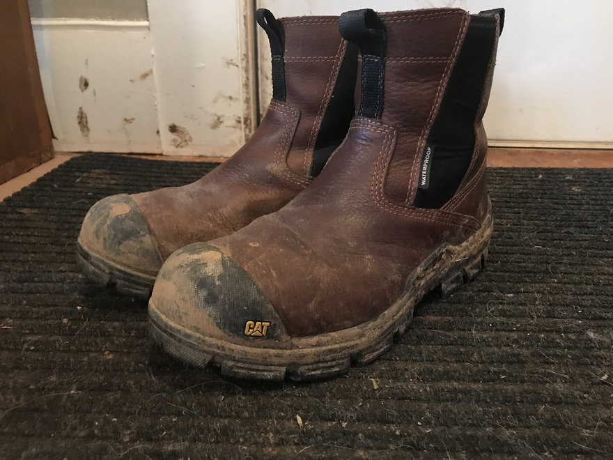 Work Boots Review, Plus My Muddy Boots Indoor Control Method