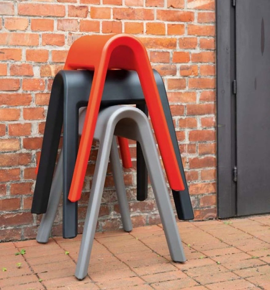 Pommel Horse Seating to Encourage Office Chatting, Yea or Nay?