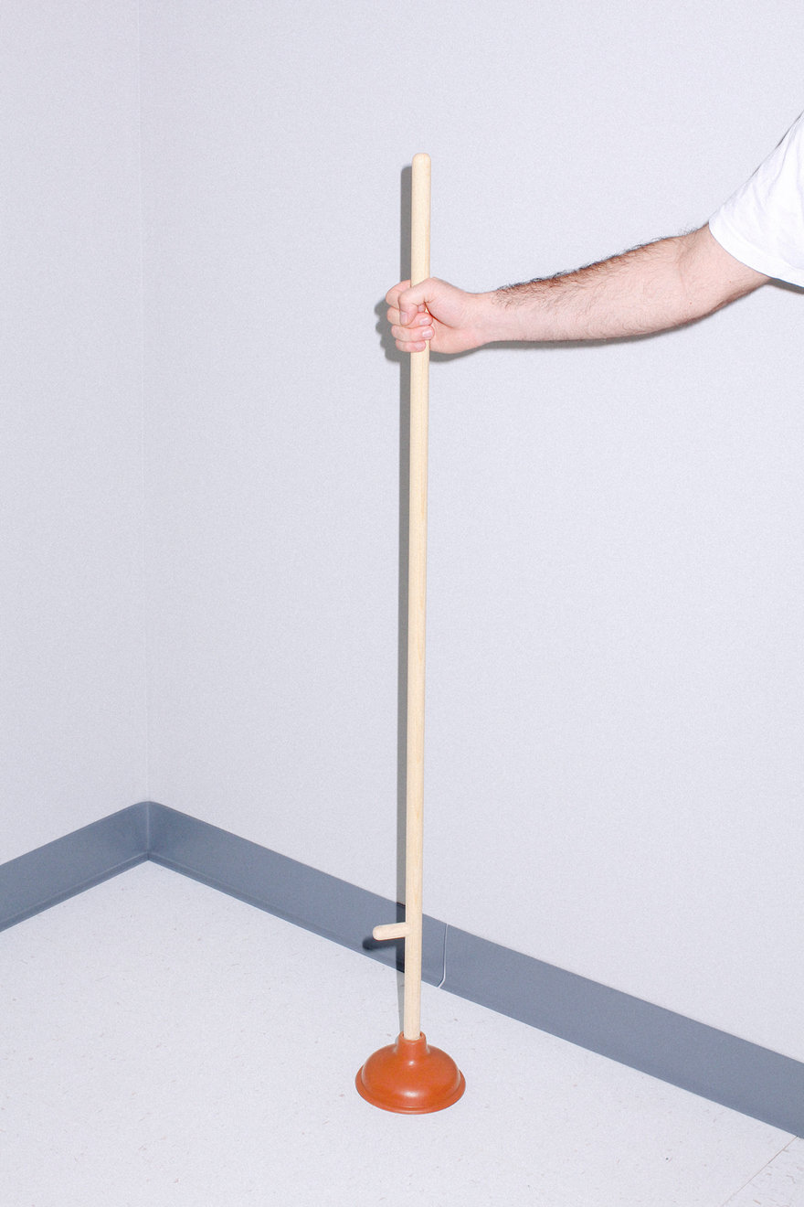 This Plunger Fills a Tall Order for Bathroom Mess