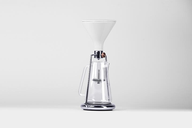 Gina A Discreetly Smart Coffee Instrument Core77