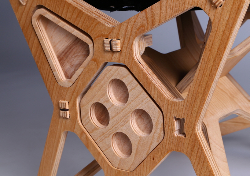Electron Chair: A Waste Free Flat Pack Furniture Solution
