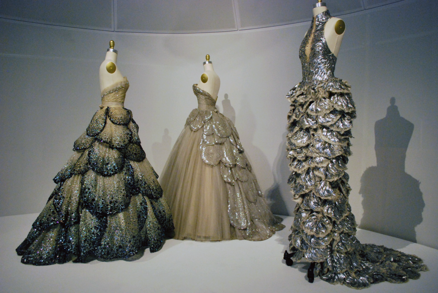 Couture Craft And Technology Meld At The Met S Manus X Machina