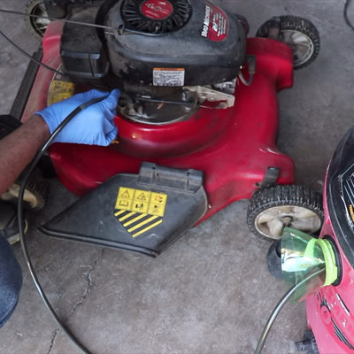 How to Do Quick, Easy, No-Mess Oil Changes--Using a Shop Vac! - Core77