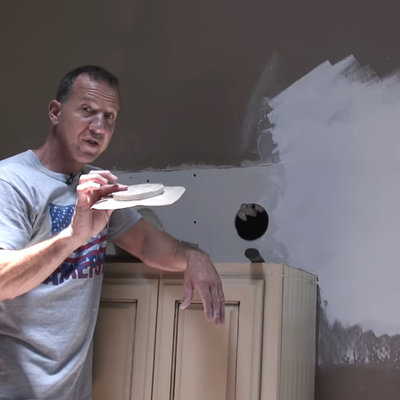"""The """"Butterfly Patch"""" Method for Fixing Small or Large Holes in Drywall and Sheetrock - Core77"""