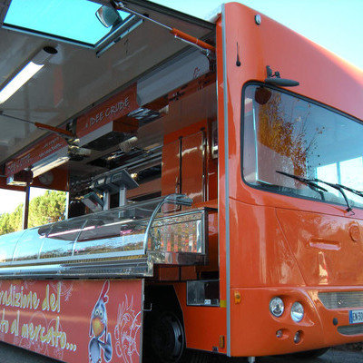 Perfectly Rectilinear Food Trucks from Italy  - Core77