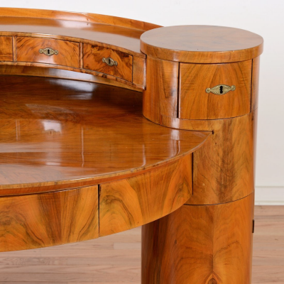 For Unusual Furniture Design Inspiration, Check Out an Auction Site