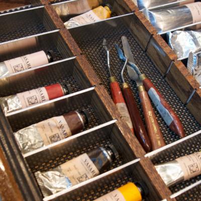 Task Furniture: A Well-Designed Painter's Workstation