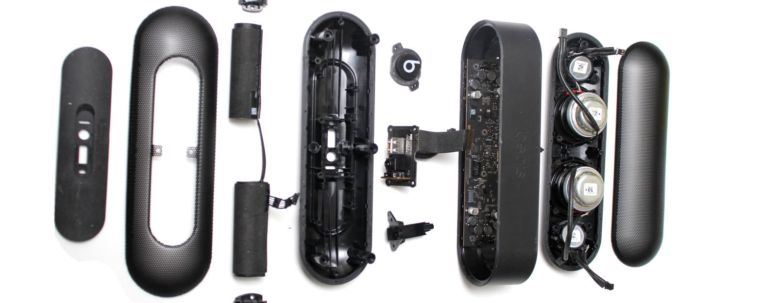 A Look Inside Your Wireless Speaker: Beats Pill Plus ... Beats By Dre Color Wiring Diagram on