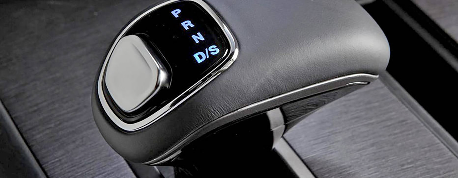 When Bad UI Design Kills: Is Poor Shift Lever Design to