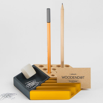 9 Desk Organizers to Declutter Your Workspace