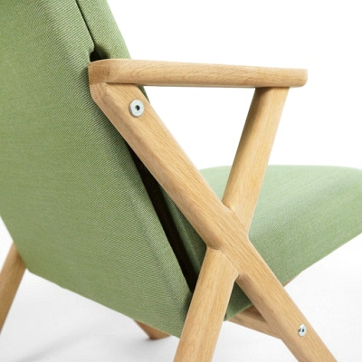 Transforming Furniture: An Office Chair That Turns Into Lounge Chair