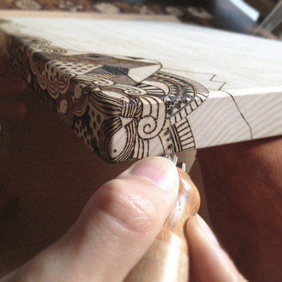 Dressing Up Wooden Objects with Pyrography