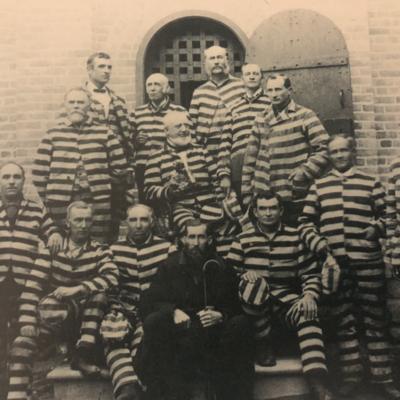 The American Prison Uniform: A Snapshot