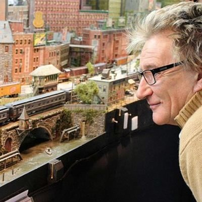 Turns Out, Sir Rod Stewart is an Incredible Modelmaker