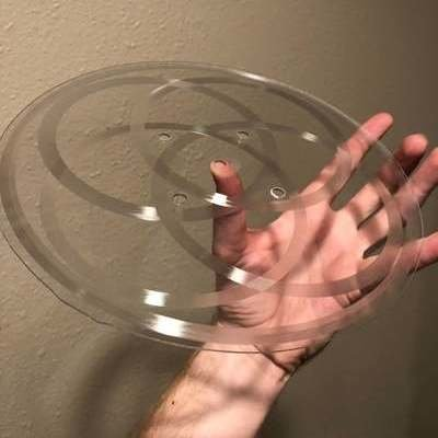 """A Playable """"Six-Sided"""" Vinyl Record With Overlapping Tracks"""