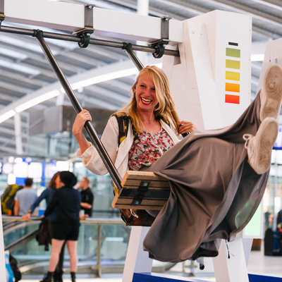 Swingset-Powered Phone Chargers at Dutch Train Stations