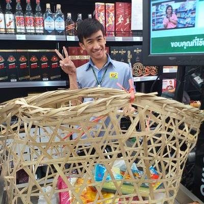 As Plastic Bag Ban Hits Thailand, Consumers Adapt With Variety of Household Carrying Items