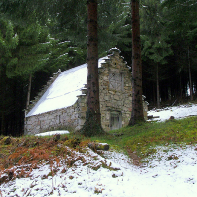 More Woodland Living: Cabin Porn