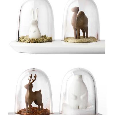 Qualy Design's Snow-Globe-Like Spice Jars