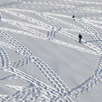 When Simon Beck Goes on a Winter Walk, He Leaves Behind the Most Beautiful Footprints